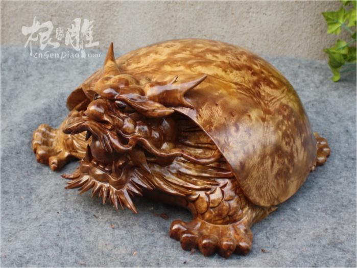 根雕送礼-黄金樟精品木雕龙龟